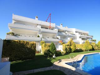 Lovely Condo with Washing Machine and Shared Outdoor Pool - L'Escala vacation rentals