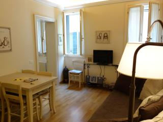 Florean 1st Floor Elegant 2 Bedrooms 2 Bathrooms - Veneto - Venice vacation rentals
