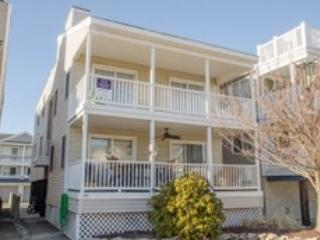 3218 Central, 2nd floor - 3218 Central Avenue 2nd Floor 120171 - Ocean City - rentals