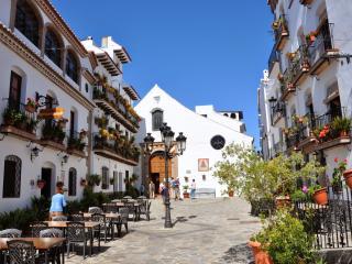Los Arcos - Canillas de Albaida vacation rentals