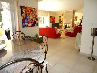 spacious luxury villa with sea views 6 persons - Albir vacation rentals