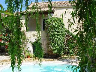 Villa Diamantina, private pool, A. Stefanos, Corfu - Agios Stefanos NE vacation rentals