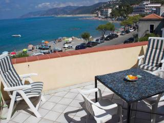 1 bedroom Penthouse with Internet Access in Capo D'orlando - Capo D'orlando vacation rentals