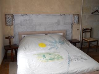 Nice Guest house with Internet Access and Television - Saint-Andre-De-Cubzac vacation rentals