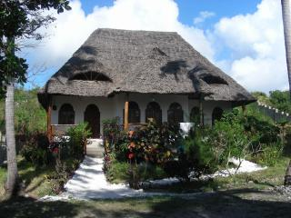 3 bedroom Bungalow with Short Breaks Allowed in Kiwengwa - Kiwengwa vacation rentals
