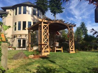 Adytum Sanctuary: The Orion Suite - Mossyrock vacation rentals