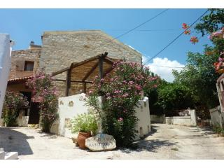 "Afrata Villas - ""Villa Asfaragos""  Chania Crete. - Afrata vacation rentals"