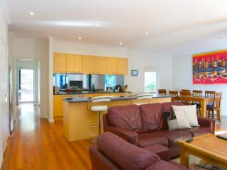 Ocean Blue Beach House - 3 bed, 2 bath, 2 living - Melbourne vacation rentals
