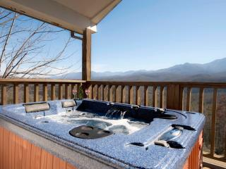 Quiet, Romantic, WOW Mt. View Close 2 City, WiFi - Gatlinburg vacation rentals