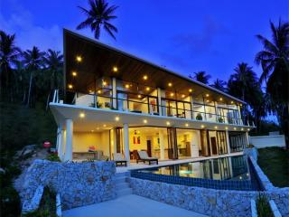 ABSOLUTE PRIVACY - INCREDIBLE VALUE ! - Lamai Beach vacation rentals