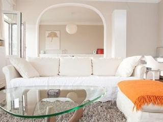 Windsor Castle Apartment - Ostende vacation rentals