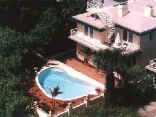 Treasure Island Florida Home with pool Sleeps 13 - Treasure Island vacation rentals