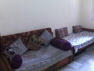 Cozy Stay Away From Home - Mumbai (Bombay) vacation rentals
