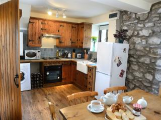 Olde Blue Bell Cottage - Milnthorpe vacation rentals