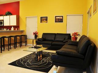 Hampton Lake 5 Bed Pool Villa - 8 Miles To Disney - Davenport vacation rentals