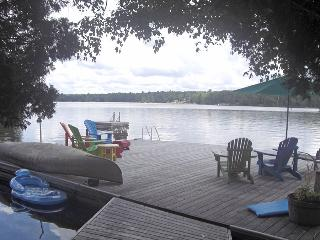 Casa De Poco Loco cottage (#931) - Parry Sound vacation rentals