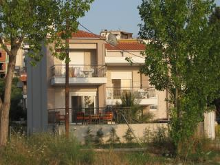 Lovely 3-bedroom house near the sea - Sithonia vacation rentals