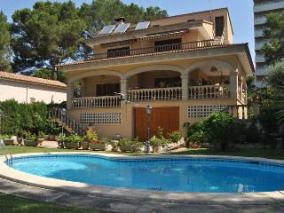 VILLA TOSSAL at Playa de Palma 400m near the beach - Palma de Mallorca vacation rentals