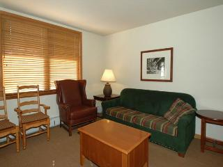 Ski in Ski out slopeside two bedroom at the Zephyr Mountain Lodge. Sleeps 6!! - Winter Park vacation rentals