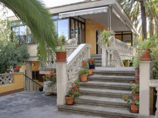 VILLA SOMETIMES at Playa de Palma 300m near beach - Playa de Palma vacation rentals