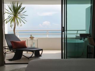 Beachfront condo with amazing views - 28th floor - Hua Hin vacation rentals
