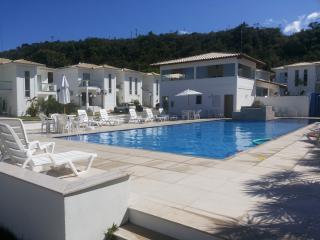 Duplex - Frente a Praia - Condomínio - Porto Seguro vacation rentals