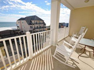 Cherry Grove Villa - 403 (5 BR) - North Myrtle Beach vacation rentals