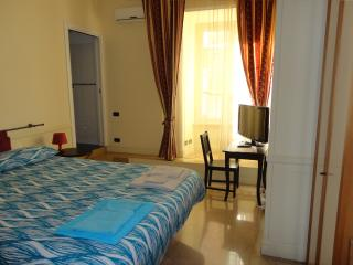 B&B In My Place 2 con bagno pvt - Rome vacation rentals
