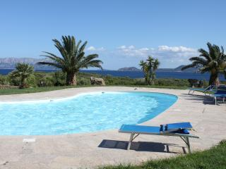 Spiaggia Bianca - garden and pool - Golfo Aranci vacation rentals