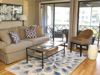 10% OFF April/May! Walk to beach, golf, Tennis! - Charleston Area vacation rentals