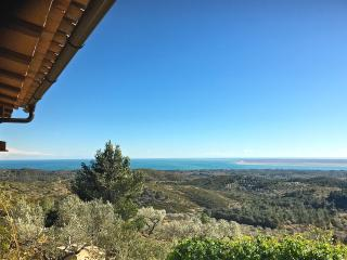 Villa La Calma - spectacular views of the sea!! - L'Ampolla vacation rentals