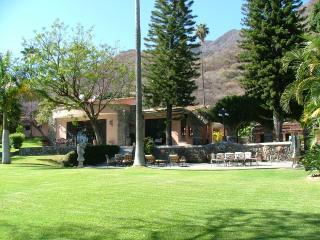 LA MINA Ajijic Jalisco MX - Ajijic vacation rentals