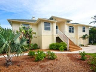 EXTERIOR FRONT - Coquina House - Saint James City - rentals