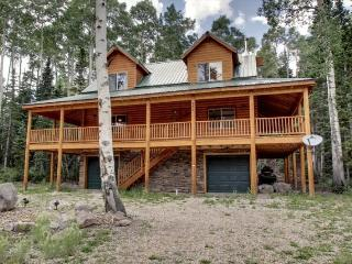 Whispering Pines Lodge - Beautiful cabin and surrounded by trees - Brian Head vacation rentals