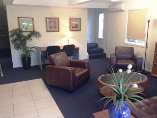 Grange Student House - Brisbane vacation rentals