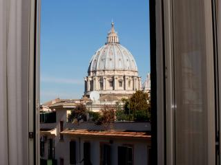 St.Peter's closest view from the window! Apartment - Rome vacation rentals
