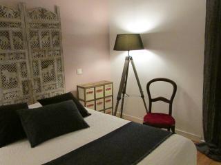 Romantic 1 bedroom Bed and Breakfast in Saint-Sebastien-sur-Loire - Saint-Sebastien-sur-Loire vacation rentals