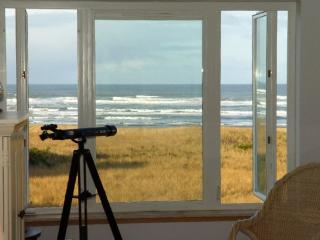 #433 - Inspiring View Top Floor Beach Home - Westport vacation rentals