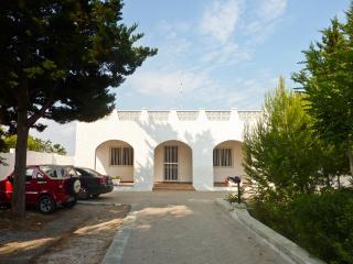 4 bedroom Villa near the beach in Puglia - Province of Lecce vacation rentals