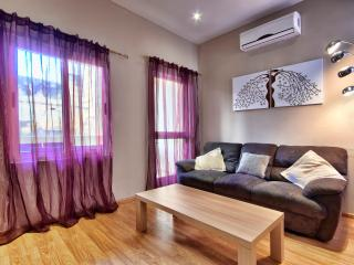 Sunny Sliema 2-bedroom Apartment - Sliema vacation rentals