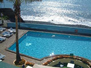 Formosa Ocean - Splendid Views & Swimming Pool - Sao Martinho vacation rentals