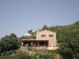 "Fig Tree House (""A little piece of heaven!"") - Castell de Castells vacation rentals"