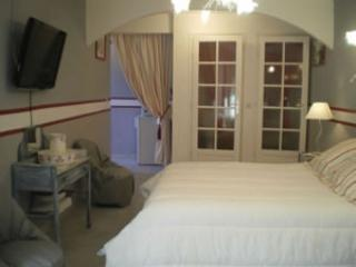 Nice Bed and Breakfast with Internet Access and Wireless Internet - Tautavel vacation rentals