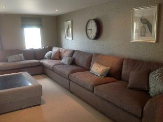 GOLFERS GREEN TOWNHOUSE 5 (Discounted Golf), Kendal - Kendal vacation rentals