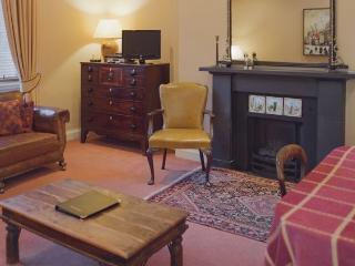 DRUMSHEUGH APARTMENT, Edinburgh - Edinburgh vacation rentals