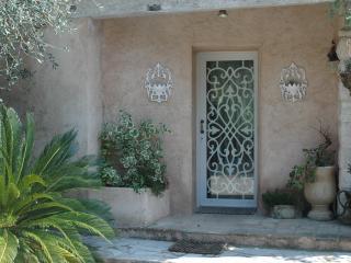 La bergerie(PAS une villa complète)NOT full house - Roquefort les Pins vacation rentals