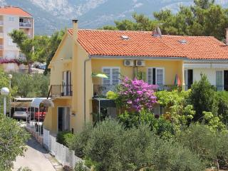 Asja Apartm Baska Voda for 2, free from 1.9.2016. - Baška vacation rentals