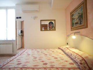 Beautiful 1 bedroom Bed and Breakfast in Levanto - Levanto vacation rentals