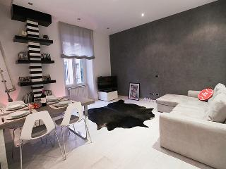 Design Apartment near Colosseum - Rome vacation rentals