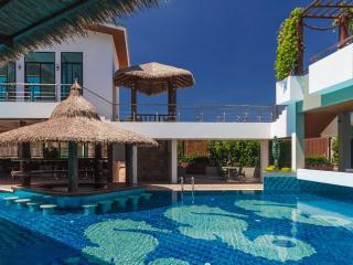 MIRACLE LAKEVIEW 89/58 - Chalong vacation rentals